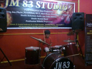 Violino Ridho Putra kembali berlatih Drum Set di JM 83 STUDIO