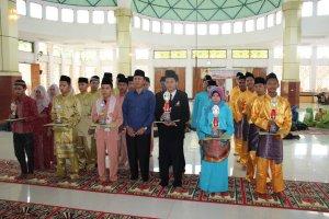 SMAN 1 Sentajo Raya Juara 1 Nasyid Festival Masjid Agung 2014 Kab.Kuantan Singingi2